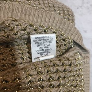 Apt. 9 Sweaters - 💗 Stunning Gold Shimmery Tunic 💗